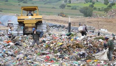 Acusan a dueños de recicladora por delitos ambientales en San Cristóbal