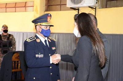 Primera Dama departamental participó de celebraciones por el Día del Agente de Policía