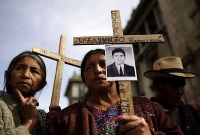 Guatemala juzgará por genocidio a dos exgenerales del Ejército