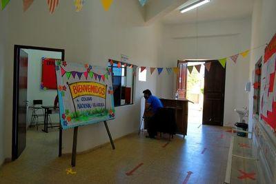 Múltiples falencias impiden volver al aula en Villarrica
