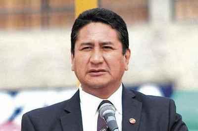 Perú: Fiscalía pidió 3 años de cárcel para el secretario general del partido de Pedro Castillo