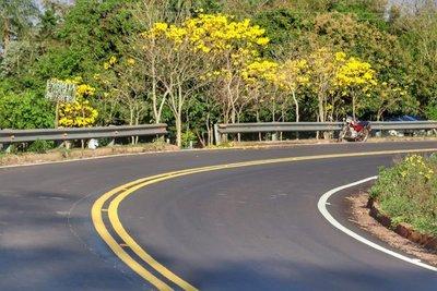 Administración de Mario Abdo es el gobierno con más asfaltados construidos en la historia del país