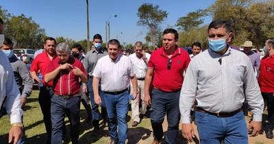 La Nación / Horacio Cartes se reúne con dirigentes del Guairá