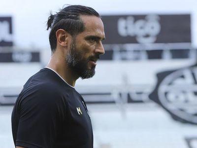 """""""Ni Roque Santa Cruz quería irse, ni el club quería que se vaya"""""""