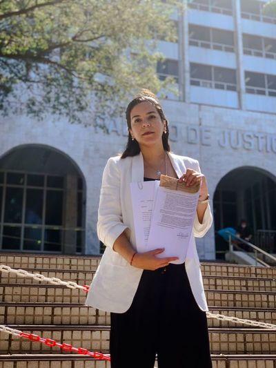 "Candidata exige al ""ahijado"" de Nenecho Rodriguez informes sobre uso de fondos de emergencia"