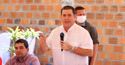 La Nación / Horacio Cartes pide a candidatos ser la herramienta para asistir al pueblo