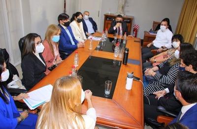 Integrantes de la AMJP se reunieron con el presidente del CM