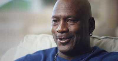 """Subastan unos calzoncillos """"muy usados"""" por Michael Jordan"""