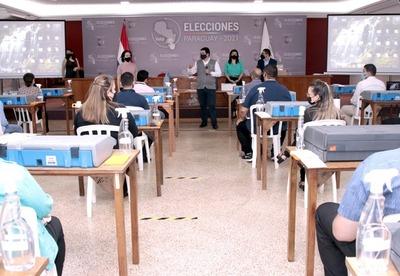 Jornadas de capacitación para más funcionarios involucrados en comicios