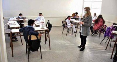 Son 5.000 los docentes que aún no se vacunaron contra el Coronavirus
