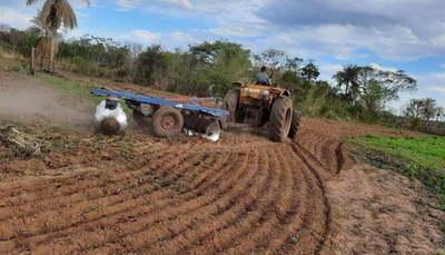 Continúa la asistencia a pequeños productores de Carayaó