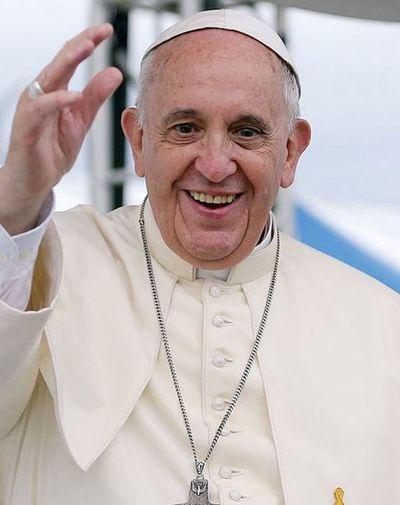 """""""Ni se me pasó por la cabeza renunciar"""", dice el Papa"""