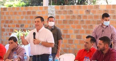 La Nación / Cartes pide a candidatos colorados ser herramientas para la ciudadanía