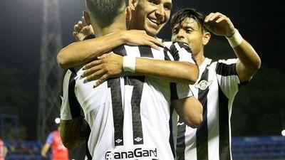 El Guma y Santaní se instalan en siguiente fase de la Copa Py