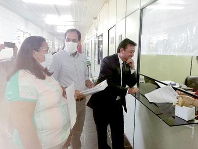Bajo batuta de la ANR, Ayala Cambra presenta denuncia penal contra Prieto