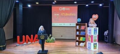 """Marcha otra edición de la """"Libroferia Encarnación"""", con apoyo de la EBY"""