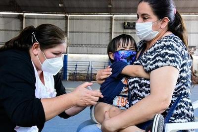 Salud insta a completar el esquema de vacunación para salvar vidas y prevenir enfermedades