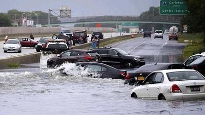 Fuertes lluvias provocan graves inundaciones en Nueva York