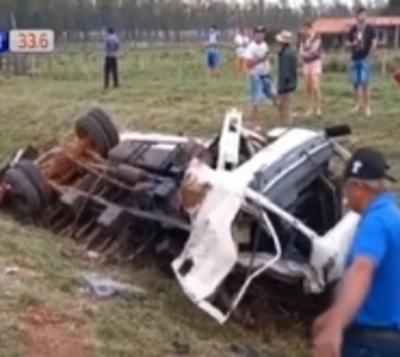 Misiones: 2 muertos en aparatoso accidente