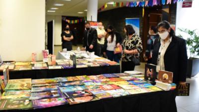 """Con el lema """"Leer Sana"""" se inició la 17ª Libroferia Encarnación"""