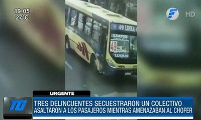 ¡De terror! Secuestraron y asaltaron a pasajeros de un colectivo