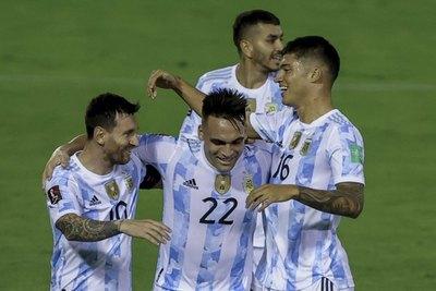 Argentina vence a Venezuela y camina firme hacia Catar 2022