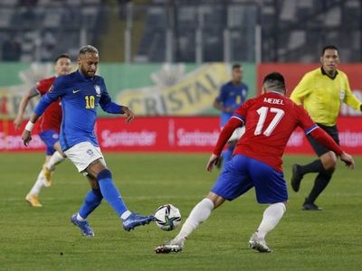 Brasil vence a Chile en Santiago por las Eliminatorias
