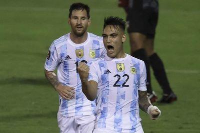 Argentina logra goleada con susto en Venezuela