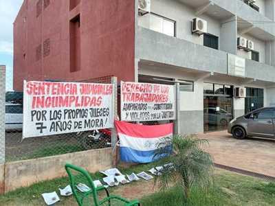 Jueces se NIEGAN a hacer CUMPLIR pago de indemnización contra CORPORACION MERCANTIL