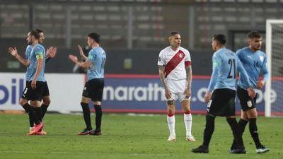 Uruguay sale ileso de Lima ante Perú