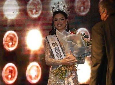 Nadia Ferreira fue coronada como la miss Universo Paraguay 2021