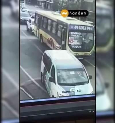 Asalto y persecución de película: Liberan a taxista y buscan identificar a un tercer implicado