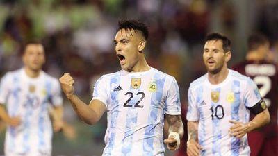 Brasil y Argentina llegan en plena forma al clásico