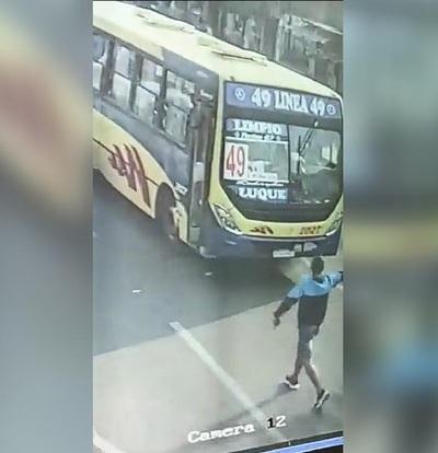 Liberan al taxista que también fue víctima de asaltantes de colectivo