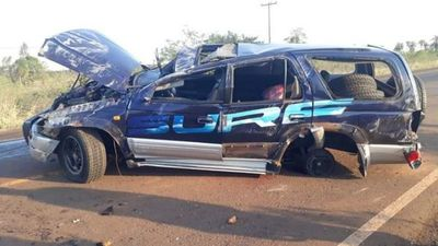 Fallecen menores que sufrieron accidente vehicular rutero junto a su madre