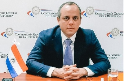 Casi por unanimidad, diputados reeligen a Camilo Benítez como contralor