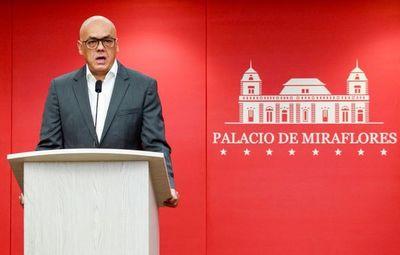 """Gobierno venezolano, con """"profundas expectativas"""" para diálogo con oposición"""