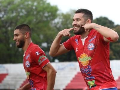 Atlético Colegiales se fortaleció como local