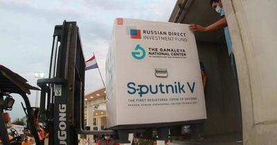 Salud recibe 35 mil segundas dosis de la vacuna Sputnik V