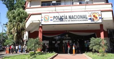 La Nación / Unas 2.500 personas por día atienden en Identificaciones