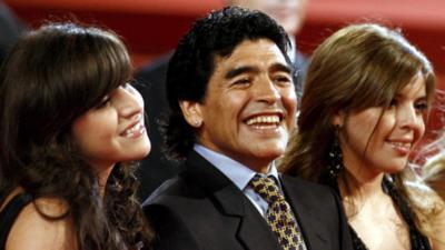 Hijas de Maradona no podrán explotar la marca 'Maradona'