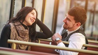 Conoce los beneficios de hablar con extraños
