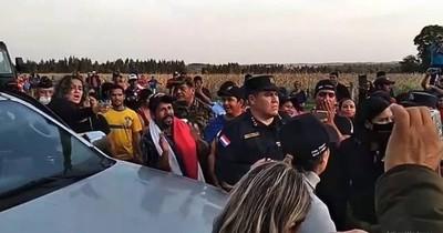 La Nación / Responsabilizan a Abdo, al Indi y al MDS por invasiones en Itakyry