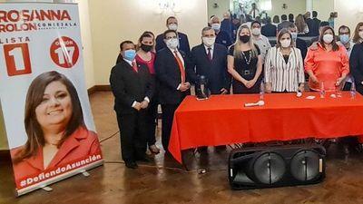 Samaniego lideró acto colorado con    funcionarios de RREE
