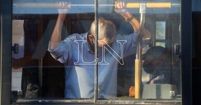 La Nación / Chofer relata los momentos de terror que vivieron durante el asalto en la zona del Abasto