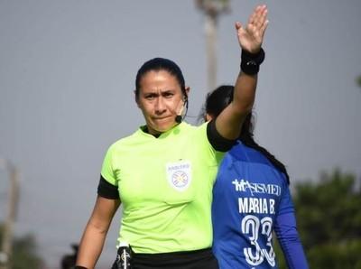 Astrid Mendoza pitará la final