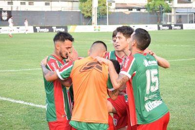 Fulgencio Yegros golea a General Díaz y sueña con la permanencia