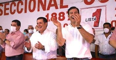 La Nación / Silvio Ovelar dijo que Cartes es un gran candidato para presidir la ANR