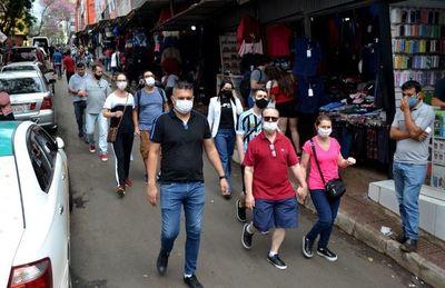 Los turistas compradores volvieron a invadir las calles de Ciudad del Este