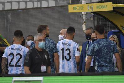 Delegación argentina ya había sido notificada, pero no acató órdenes del regulador sanitario